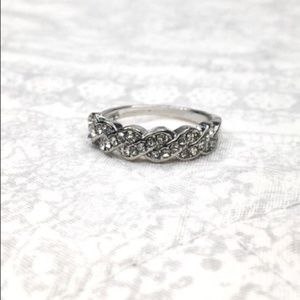 925 Silver White Sapphire Braided Ring – Size 8